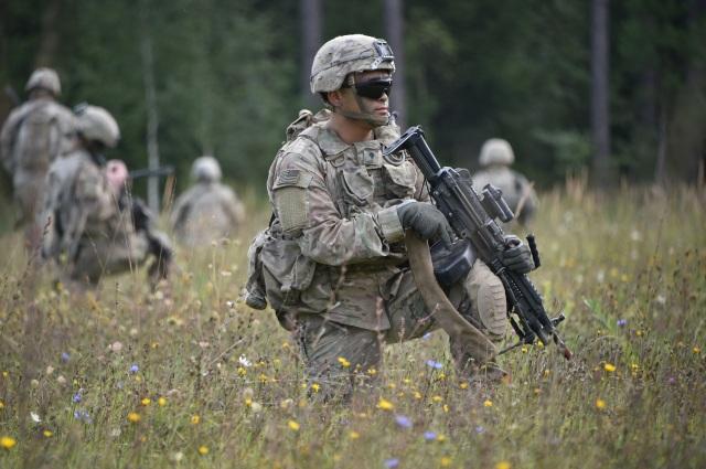 soldiers-2679103.jpg